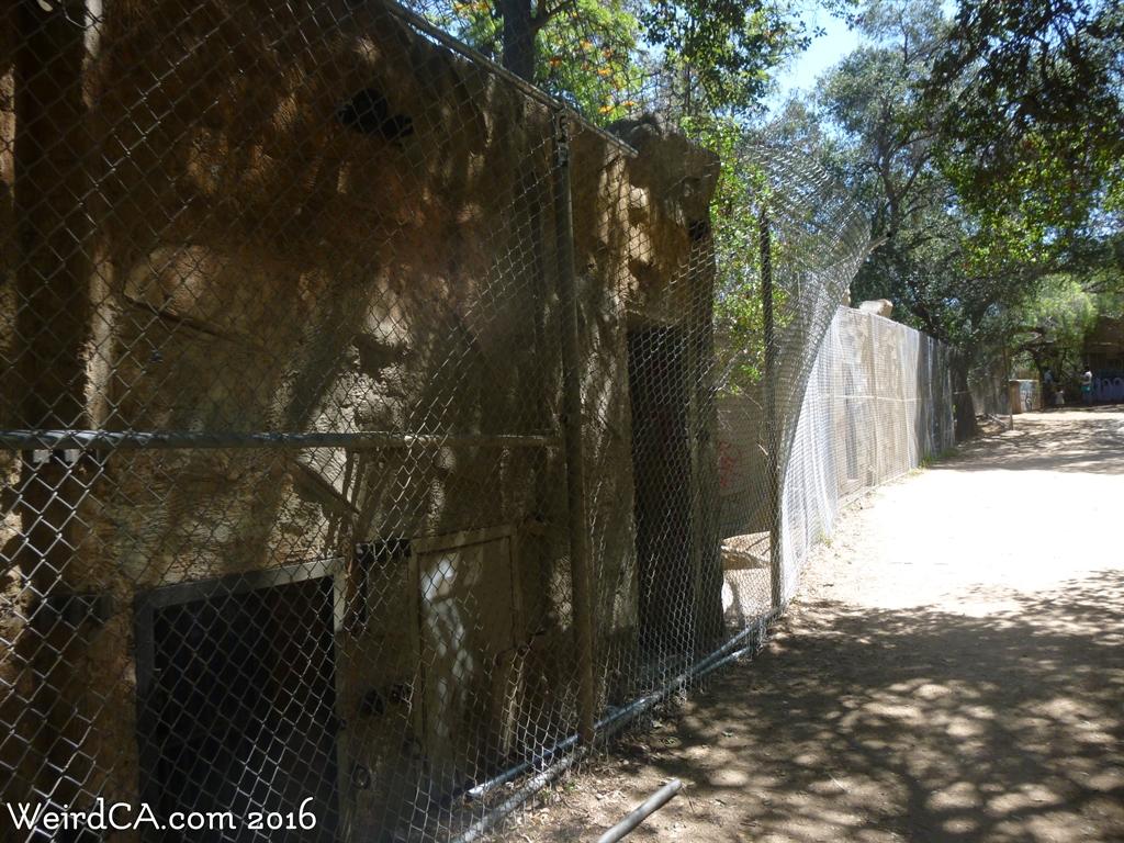 Old LA Zoo - Weird California