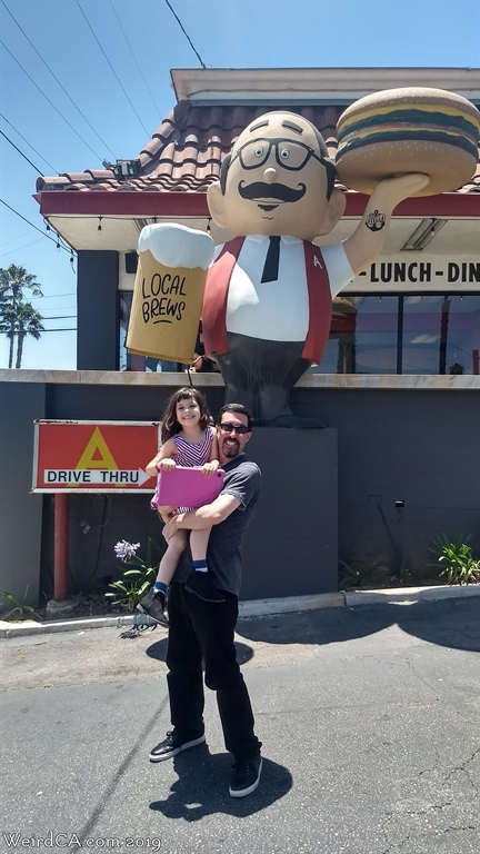 Papa Burger in Oceanside