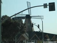 A Windmill Themed Denny's Resides in Arcadia