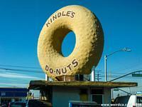 Kindles Donuts