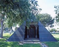 Grigsby Mausoleum, in Rosedale Cemetery, photo from Library of Congress