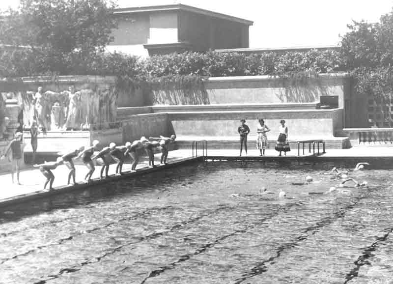 Berkeley Erwachsenen West Campus Pool