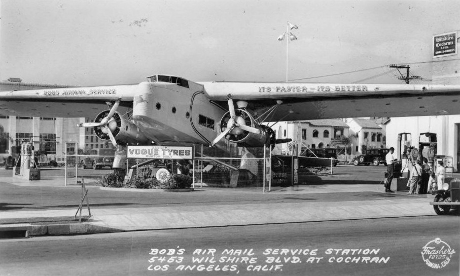 Bob's Air Mail Service Station